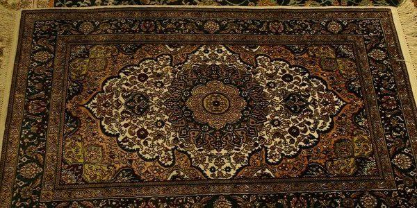 Средства за почистване на килими